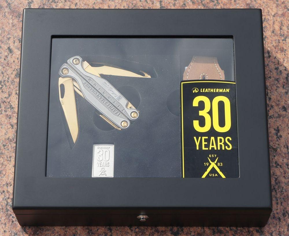 Специальный подарочный набор к 30 летию Leatherman: Leatherman Charge TTi с позолотой (24к)