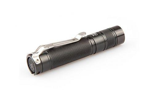 Один из самых компактных фонарей на батарейке АА