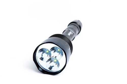 Мощный фонарь 3000 лм. 3 режима яркости +строб+ sos. Полный комплект