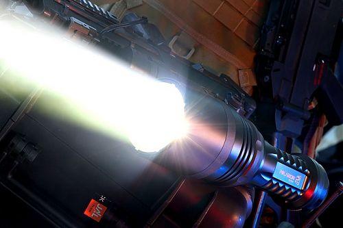 Уникальный, самый мощный в мире фонарь