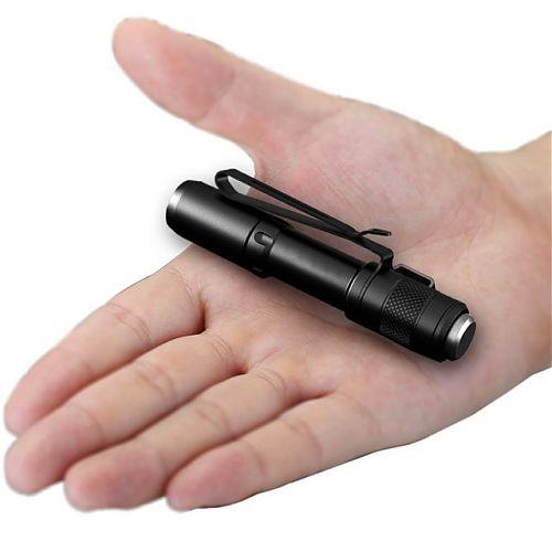 JETBeam SE-A01  Компактный фонарь в форме ручки 130 лм.