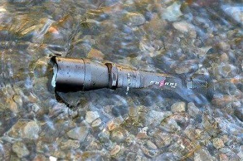 Компактный подводный фонарь, 220 лм