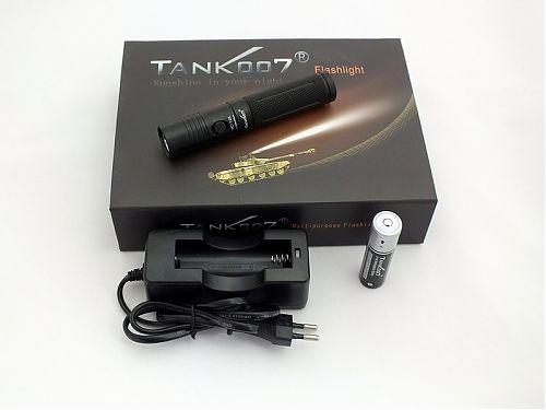 Мощный компактный водонепроницаемый светодиодный фонарь со штативом, CREE XR-E R5, 300 Lumens